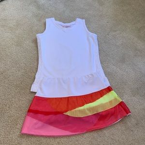 Girls tennis outfit- excellent like new- size 6